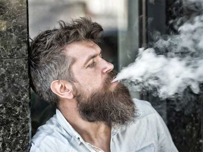 link between smoking and gray hair